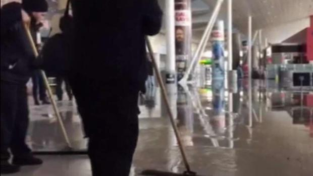 Water Main Break Floods Terminal at JFK Airport Amid Chaos
