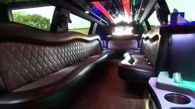 [NY] What to Ask When Renting a Stretch Limo