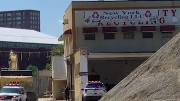 [NY] Worker Killed by Excavator Bucket in NYC: Police
