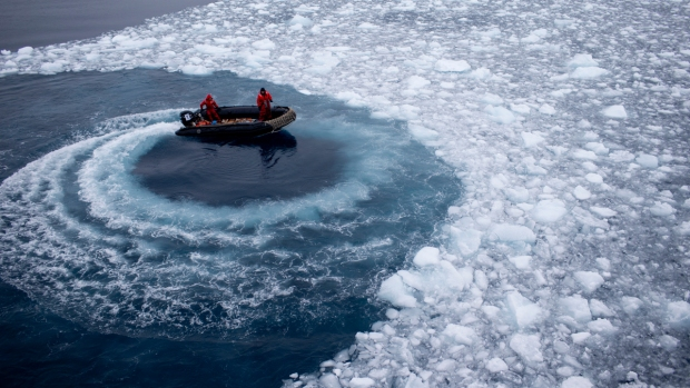 PHOTOS: Scientists Explore Antarctica