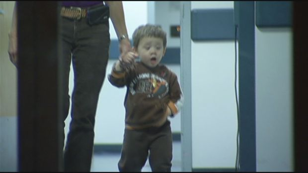 [HAR] Missing Child Reunited With Parents