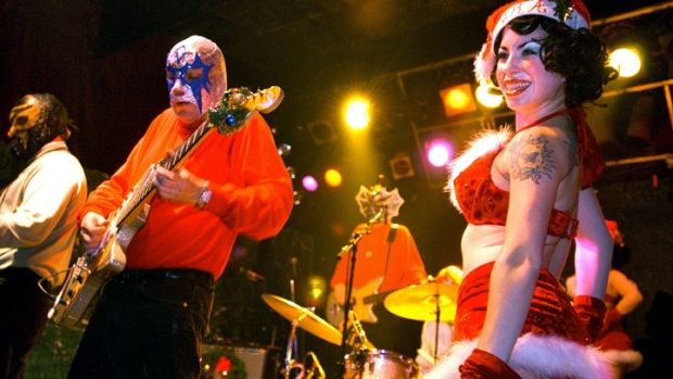 Benefit for Los Straitjackets' Danny Amis @ Maxwell's