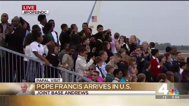 """[NATL] """"I Believe That We Love Pope Francis!"""" Crowds Chants As Papal Plane Lands"""
