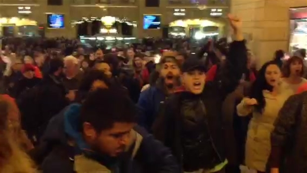 "[NY] Marchers Chant ""I Can't Breathe"" in Protest of Garner Grand Jury Decision"
