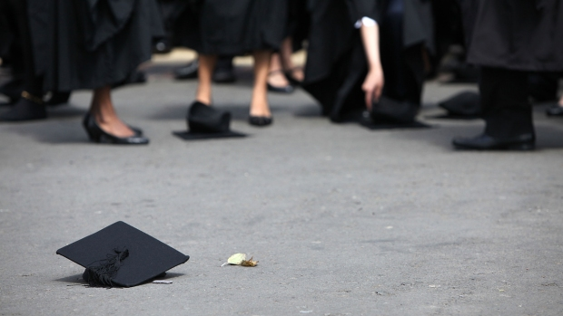7 Things You Need to Know About New York's Free Public College Tuition Plan