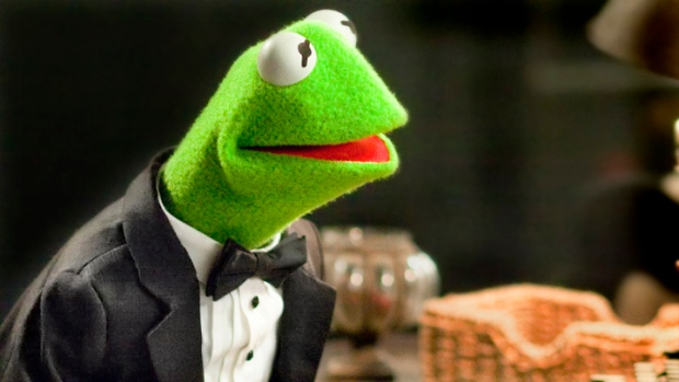 Kermit the Frog On the Muppets Comeback and His Famous Flirtations