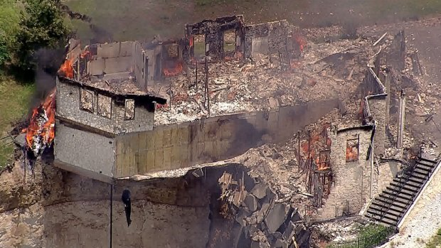 [DFW] Lake Whitney Home on Cliff Set on Fire