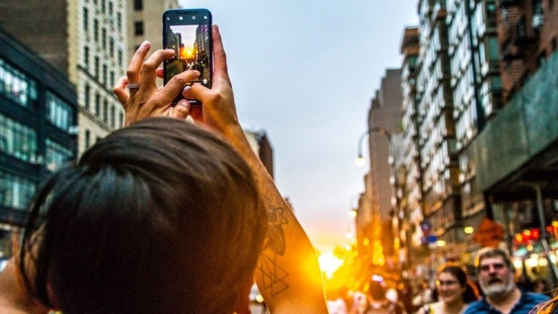 Spectacular Shots of Manhattanhenge 2018