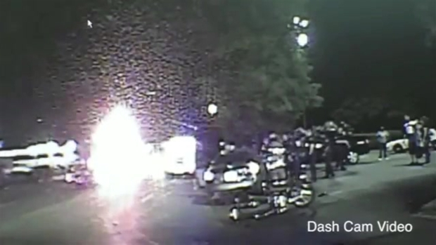 [NATL] RAW: Watch Bystanders, First Responders Lift Car Off Woman