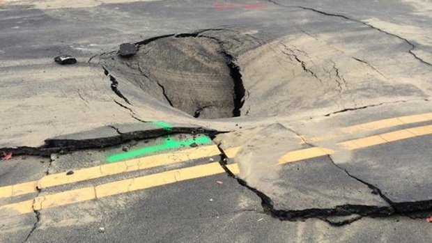 [BAY] Napa Water Main Break Creates Sinkhole