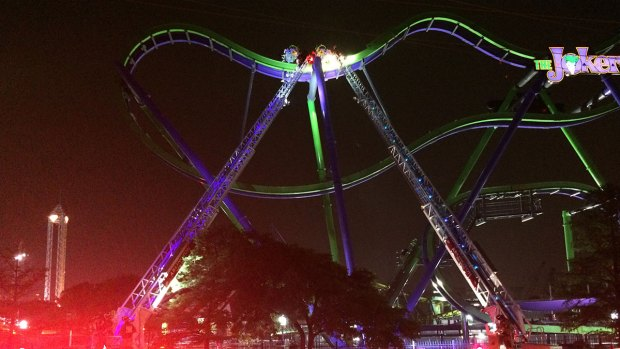 8 riders rescued after coaster stops at Six Flags Over Texas