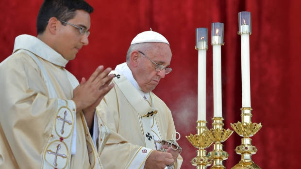 Papal Visit Day 3 Briefing: Pope Francis Addresses Congress