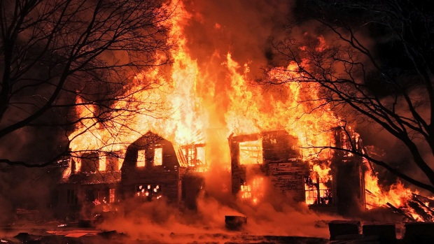 Incredible Images Show Historic NY Mansion Go Up in Flames