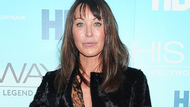 Jimmy Choo Founder Tamara Mellon to Exit Company