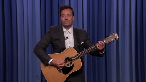 'Tonight': Fallon Sings 'Don't Become a Meme' to Dem Candidates