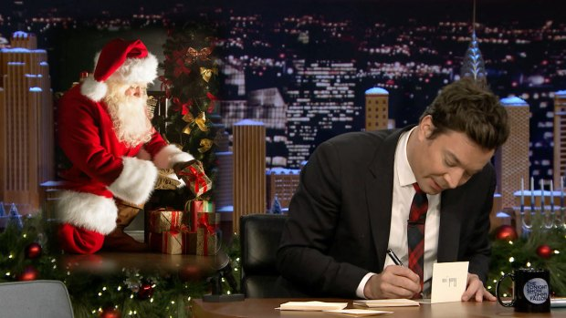 [NATL] 'Tonight Show' Thank You Notes: Santa Claus, 2017 New Year's Glasses
