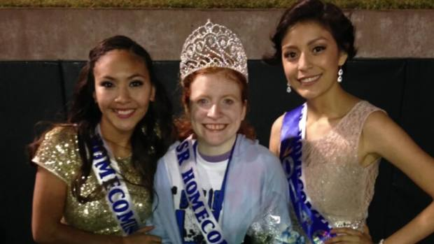 [NATL-DFW] Grand Prairie Homecoming Queen Shares Her Crown