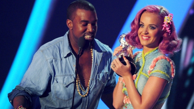 Katy Perry Rules the VMAs, Though Surprises Abound