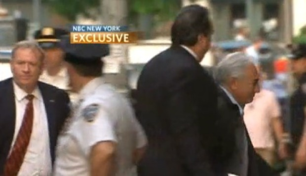 [NY] NBC EXCLUSIVE VIDEO: Strauss-Kahn Arrives at Luxury Home