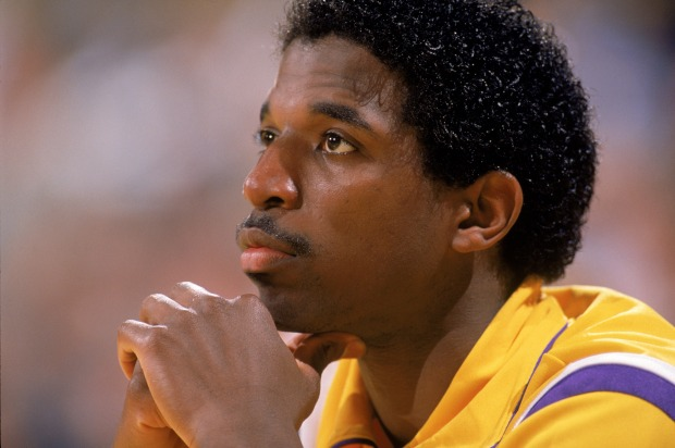 [LA] Three NBA Title Rings Stolen From Ex-Laker A.C. Green