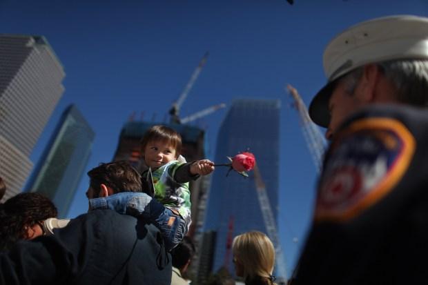 Images of Sorrow: New York's 9/11 Ceremony at Ground Zero