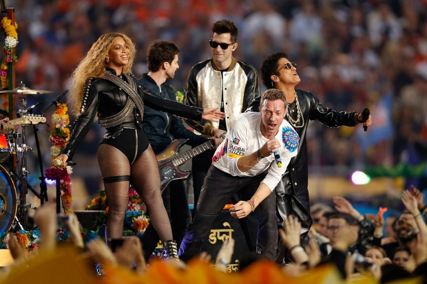 Photos: Super Bowl 50 Halftime Show