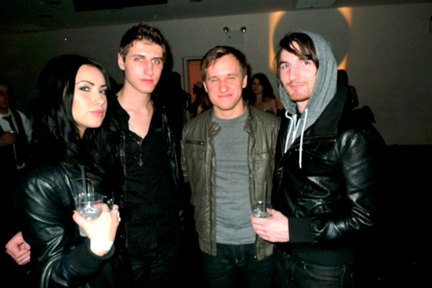 [NTSD] NitePics: Rockin Out at the VH1 Save the Music Benefit Bash
