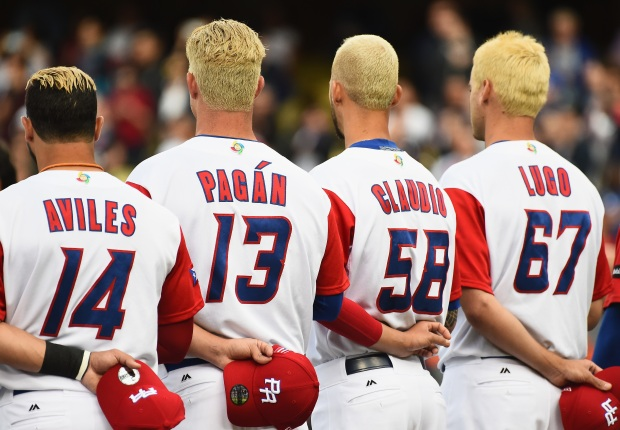[NATL]Blond Ambition: Puerto Rico Baseball Team, Fans Dye Hair