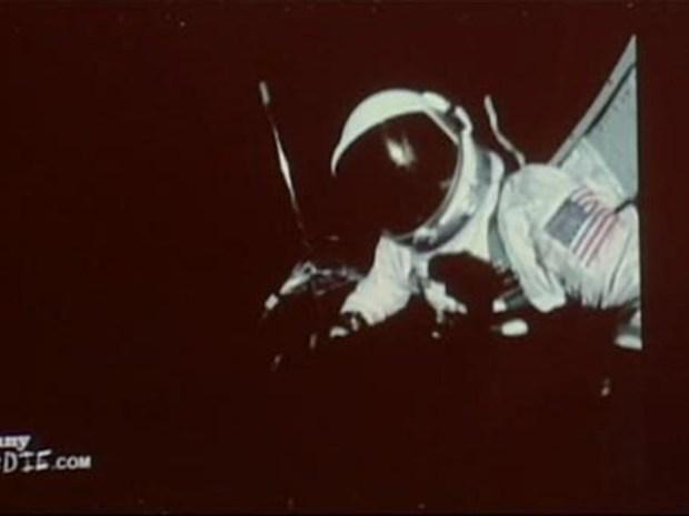 [NY] Buzz Aldrin: The Rapper?