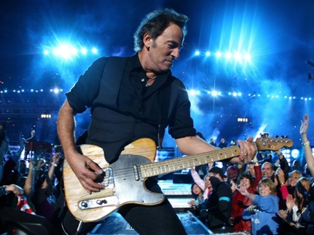 [NY] Springsteen Fans Thwarted by Ticketmaster Error