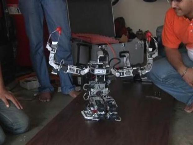 [BAY] Bollywood Robot Dance