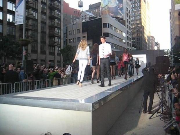 [NY] Express Fashion Show