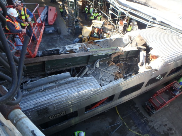[NATL-NY] Dramatic Images: NJ Transit Train Crashes in Hoboken
