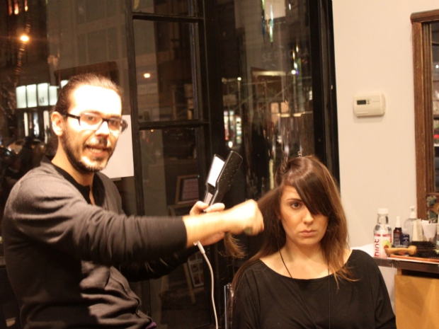 [NTSD] NitePics: Ladies-Only Social Club Shows How to Do Hair Right