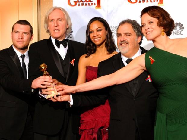 "[NATL] The Golden Globes in Photos: ""Avatar"" Wins Big"