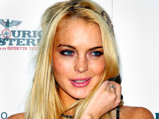 [NATL] Lohan's Burglary Caught on Tape!
