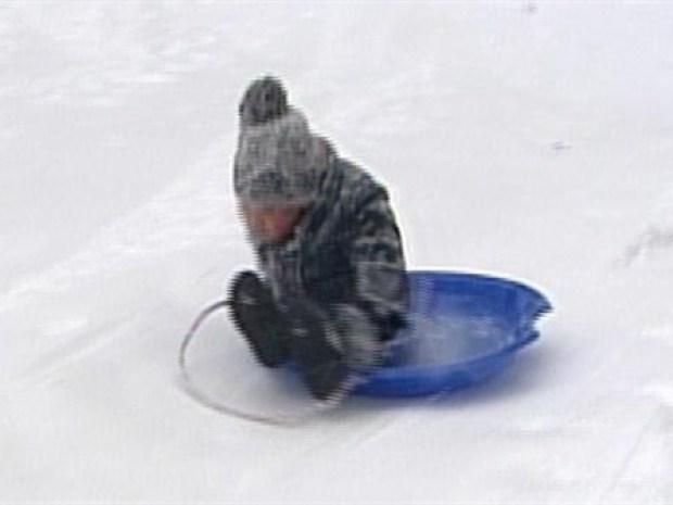 [NY] NYC Kids Get Rare Snow Day