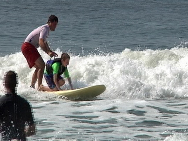 [NY] Special Needs Kids Learn to Surf