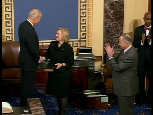 [NY] Gillibrand Takes Oath of Office in Senate