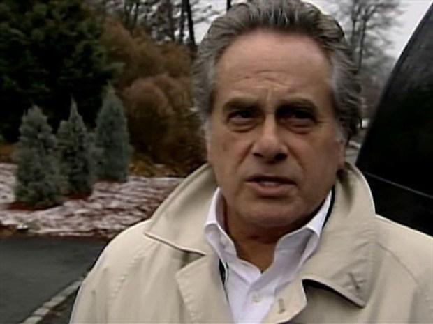 [NY] Lawyer Won't Dish Details on Plax