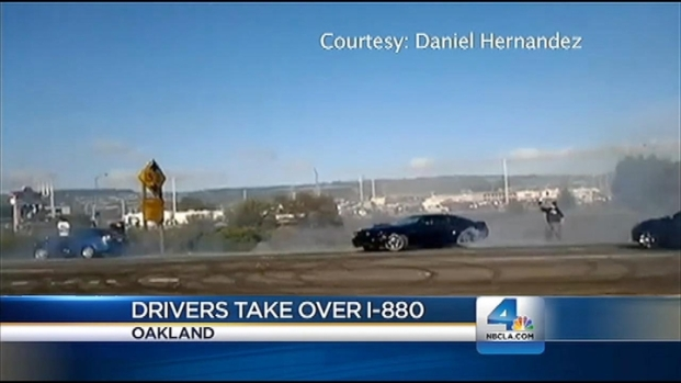 """[LA] Caught on Video: Drivers Stop Traffic """"Drifting"""" Souped-Up Cars"""