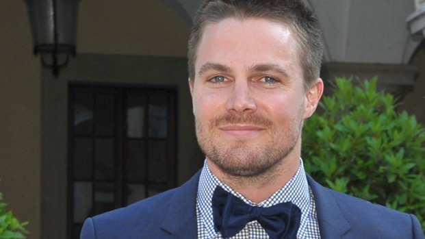 "[NY] Stephen Amell Talks ""Arrow"" Season 2"