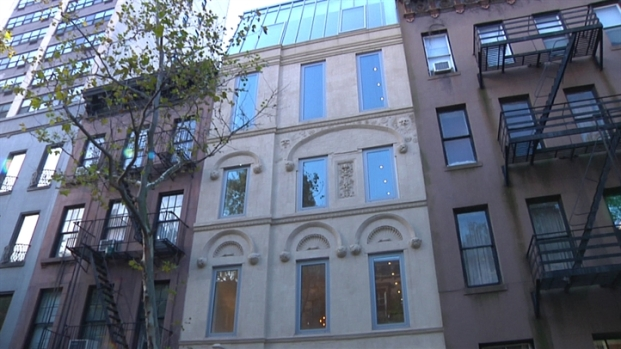 [LXTVN] Square Feet: A $35M Townhouse with Indoor Waterfall