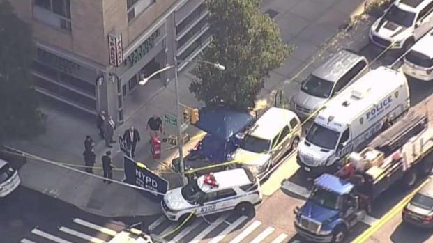 [NY] Body Found in Red Carpet Outside Starbucks