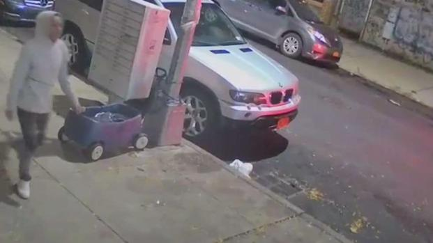 [NY] Boy in Hasidic Clothes Beaten in Unprovoked Attack: NYPD