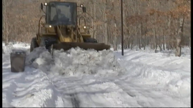 [NY] Plows Working to Clear Long Island Streets, Four Days After Storm