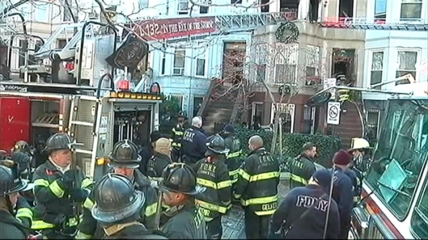 [NY] Firefighters Burned in Brooklyn Fire