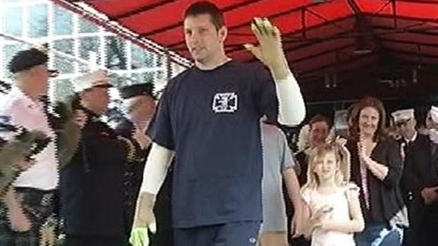 [NY] Firefighter Leaves Hospital 3 Months After Horrific Blaze
