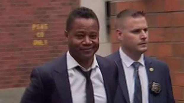 [NY] Cuba Gooding Jr. Charged With Forcible Touching
