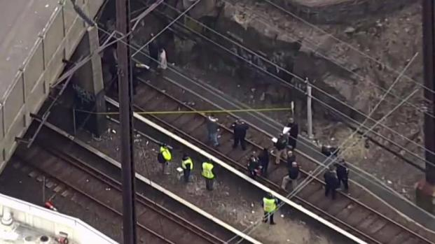 [NY] Dead Baby Found in Suitcase Near PATH Tracks in Jersey City